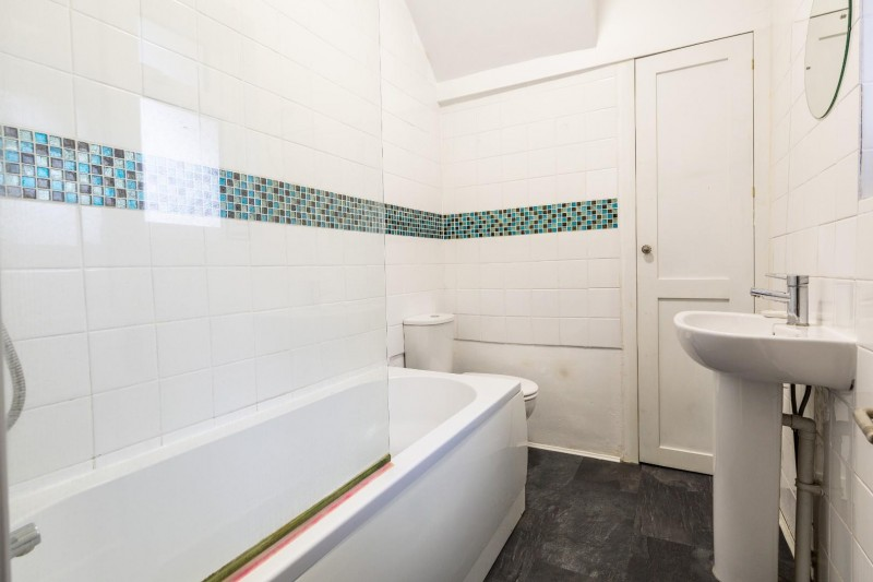 Images for Gloucester Road, Horfield EAID:boardwalkpropapi BID:1